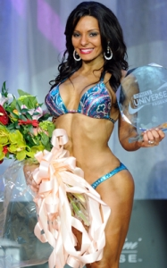 2010-fitness-universe-annette-perry